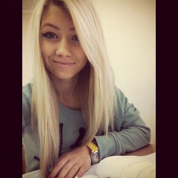 Фото девушек красивых блондинок 18 лет на аву006