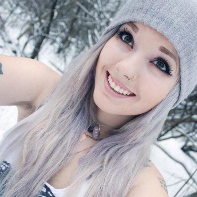 Фото девушек красивых блондинок 18 лет на аву007