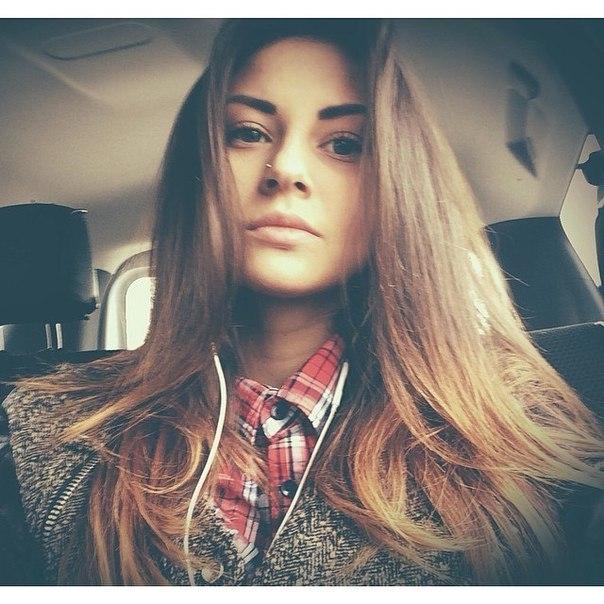 Фото девушек красивых блондинок 18 лет на аву013