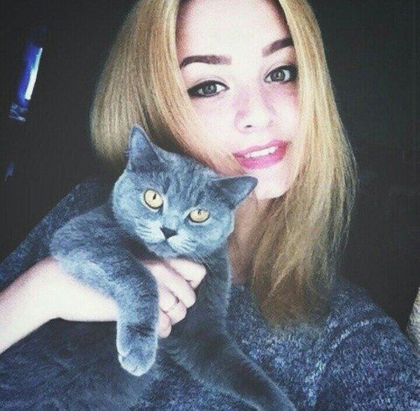 Фото девушек красивых блондинок 18 лет на аву020