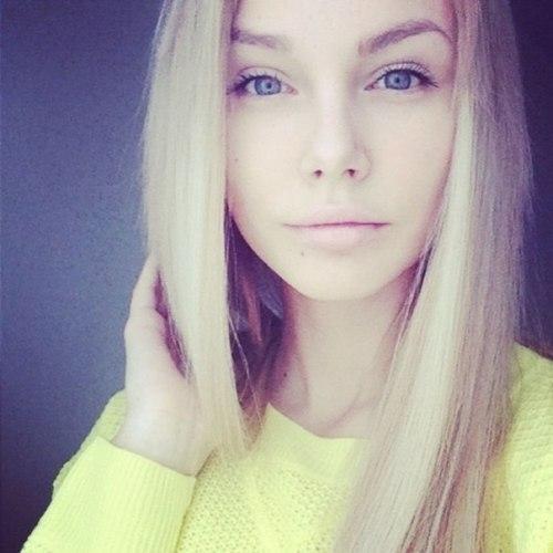 Фото девушек красивых блондинок 18 лет на аву025