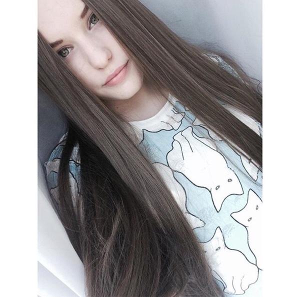 Фото красивых девочек на аву в ВК 13 лет021
