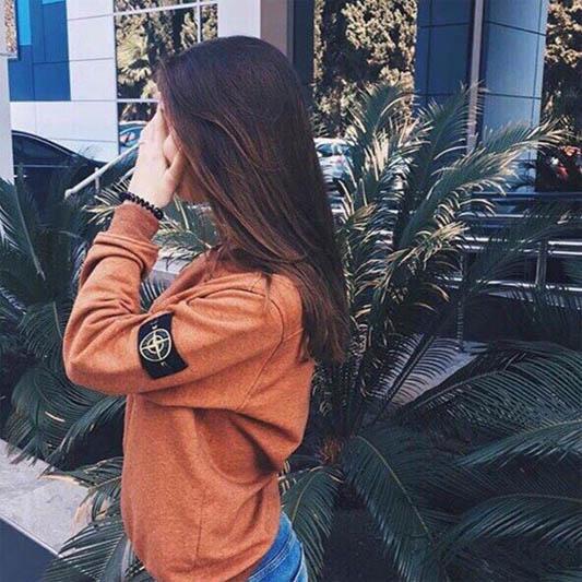 Фото красивых девушек на аву брюнеток со спины005