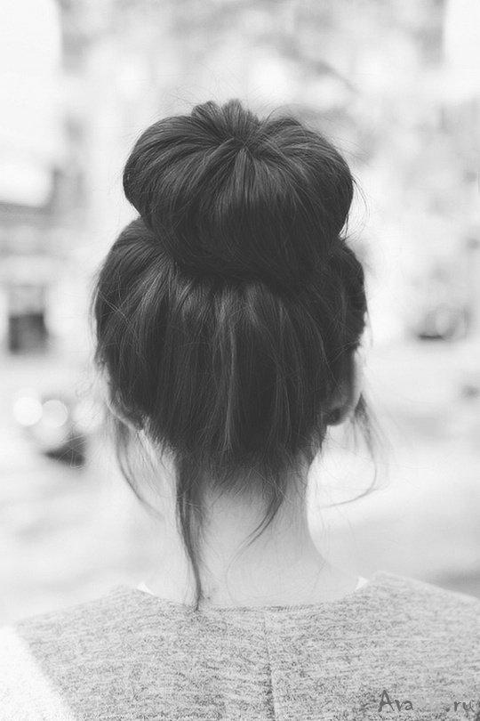 Фото красивых девушек на аву брюнеток со спины011