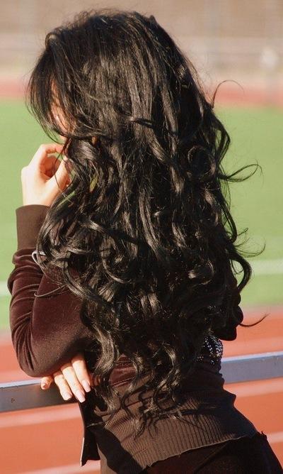 Фото на аву брюнеток с длинными волосами со спины (22)