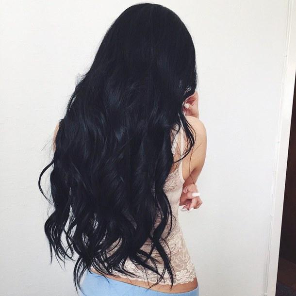 Фото на аву брюнеток с длинными волосами со спины (30)