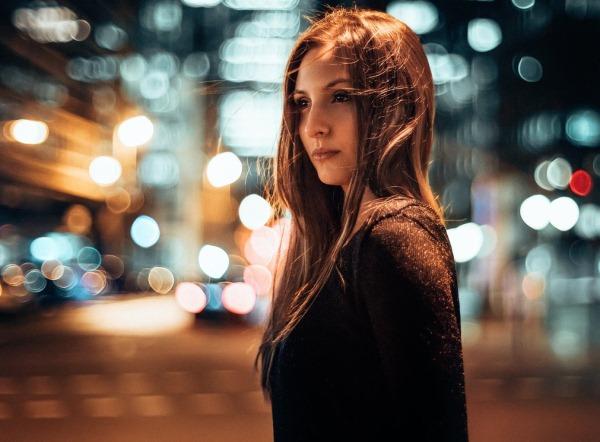 Фото на аву для девушек со спины новые осень - подборка (24)