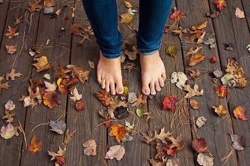 Фото на аву для девушек со спины новые осень - подборка (3)