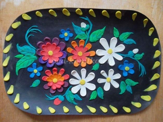 Как нарисовать цветы на подносе002