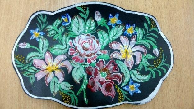 Как нарисовать цветы на подносе014