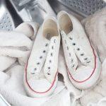 Как правильно помыть белые кеды из ткани?