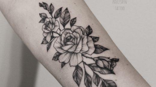 Картинки и эскизы роза на руке011