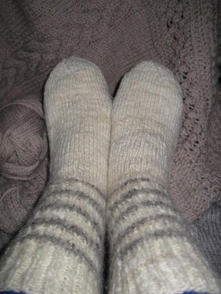 Картинки на праздник День любви к тёплым носкам003