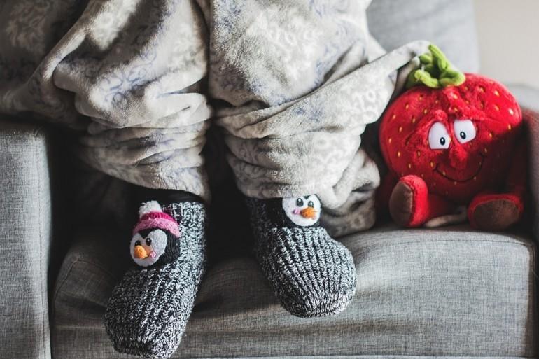 Картинки на праздник День любви к тёплым носкам006