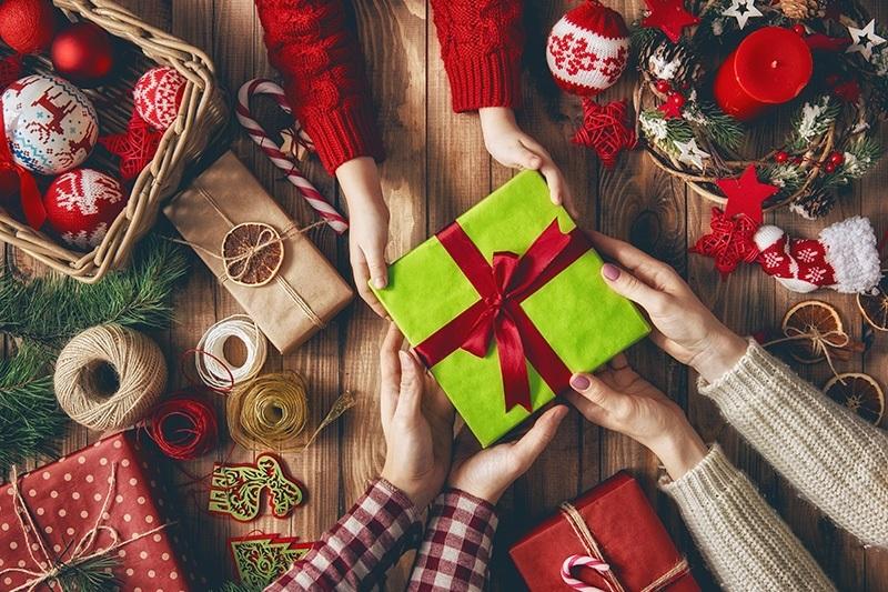 Картинки что подарить на новый год018