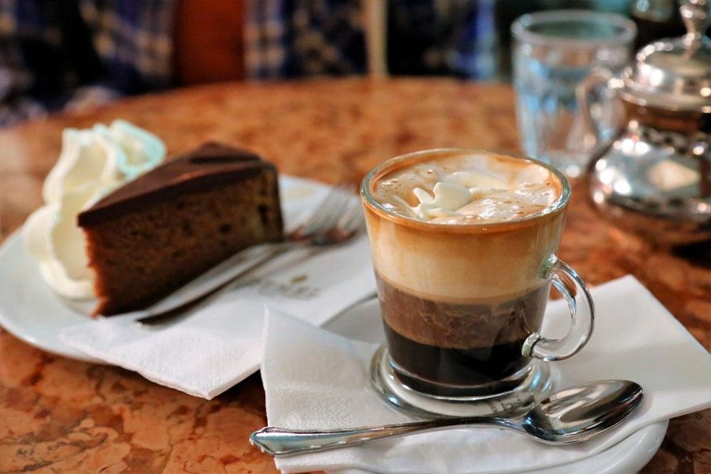 Красивые картинки на День кофе в Вене021