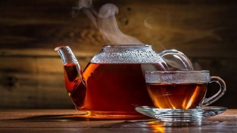 Почему горячий чай остывает быстрее если на него дуют (1)