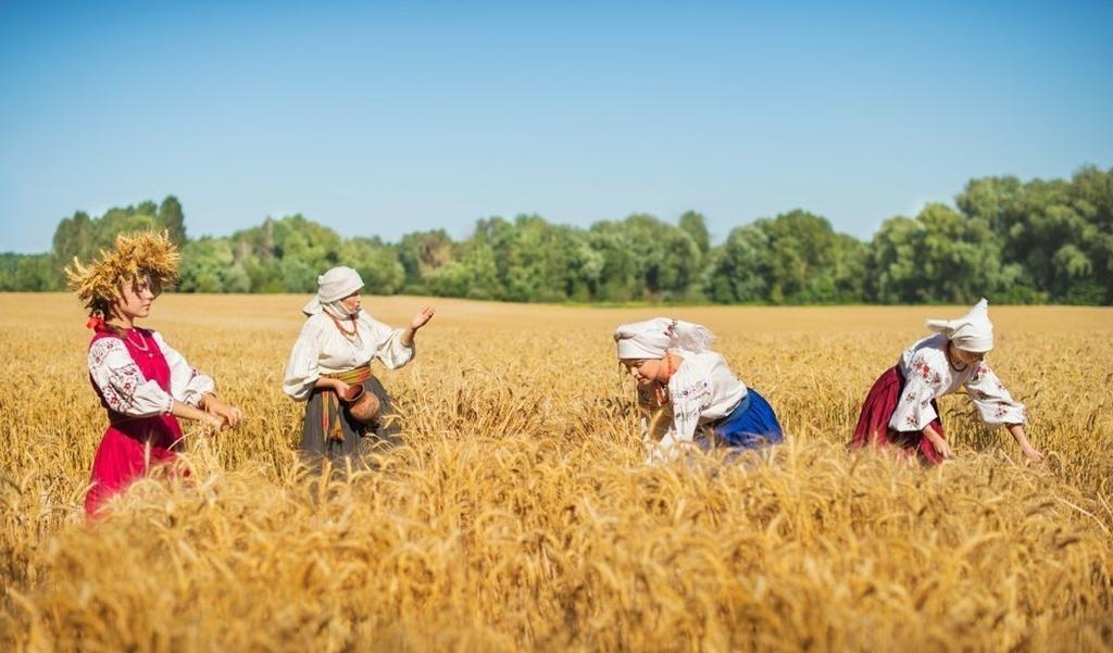 Фото на праздник 15 октября Всемирный день сельских женщин007