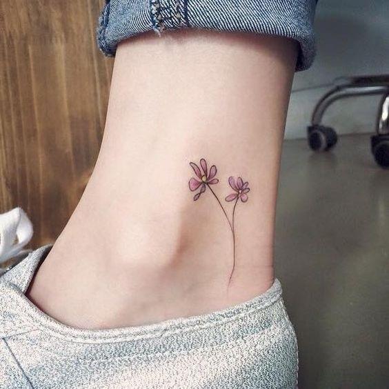Эскиз тату маленькие цветочки008