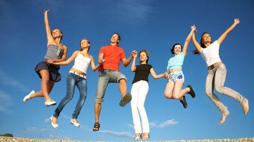 Поздравления в картинках на Всемирный день молодежи (10)