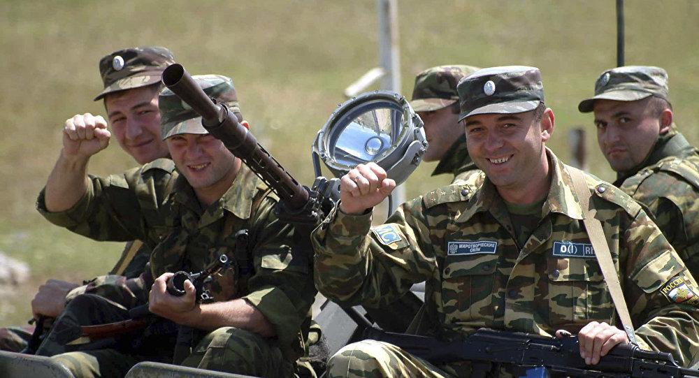 С днем российского военного миротворца картинки и открытки (2)