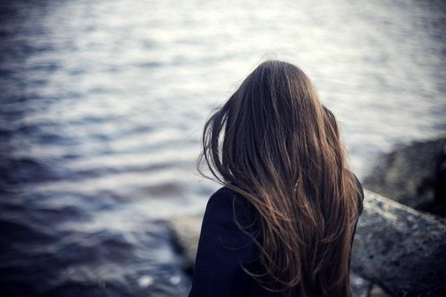 Фото девушки спиной007