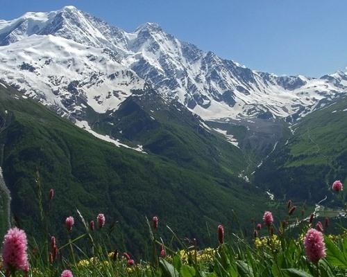 Красивые картинки на Международный день гор (12)