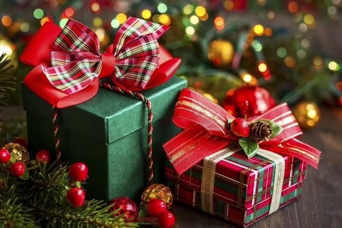 С днем подарков красивые открытки и картинки (15)