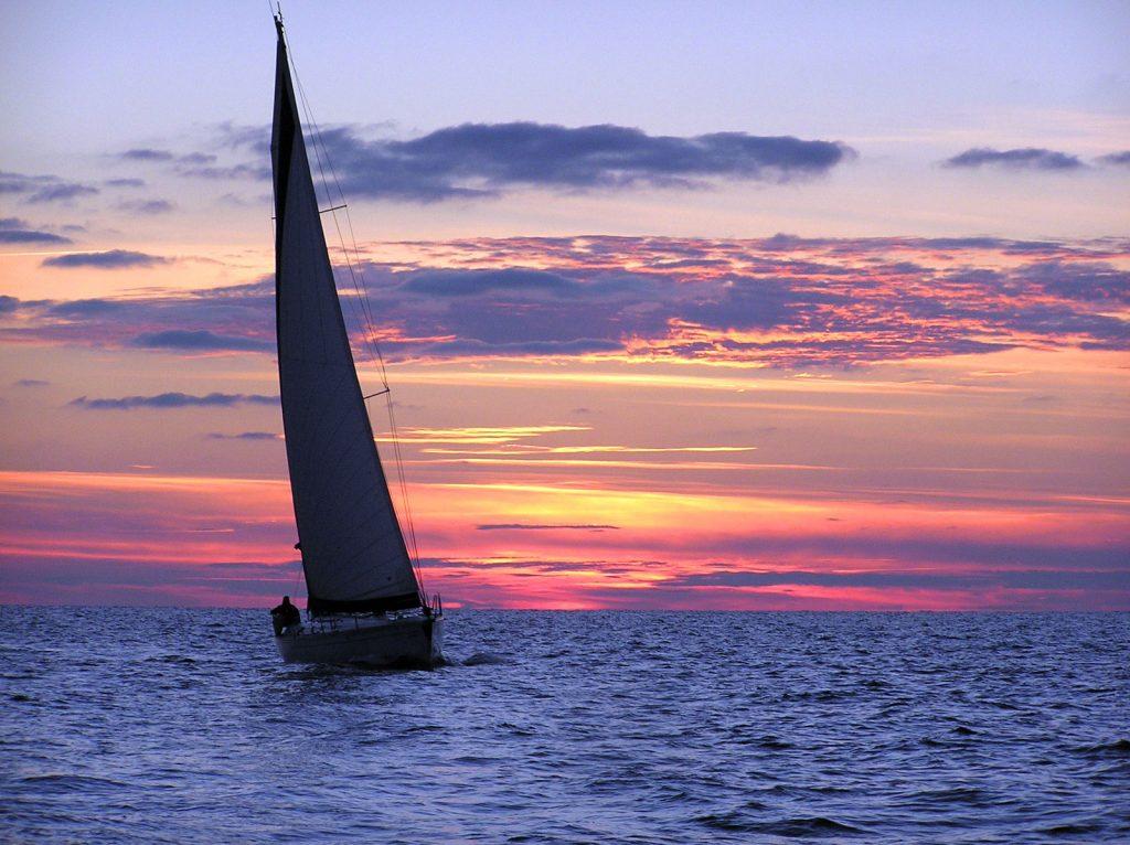 Яхта на море красивые картинки и обои в лучшем качестве (10)