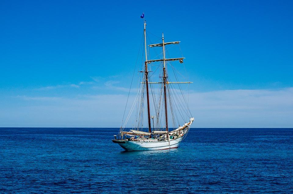 Яхта на море красивые картинки и обои в лучшем качестве (11)