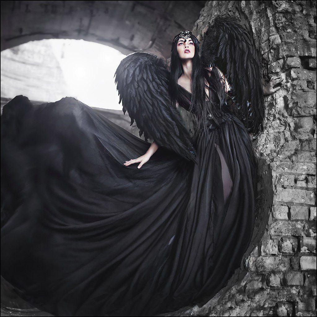 Красивое фото на аватарку черный ангел (14)
