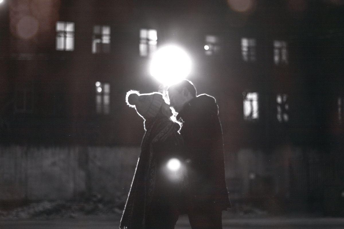 Красивые картинки черно белые пары (10)