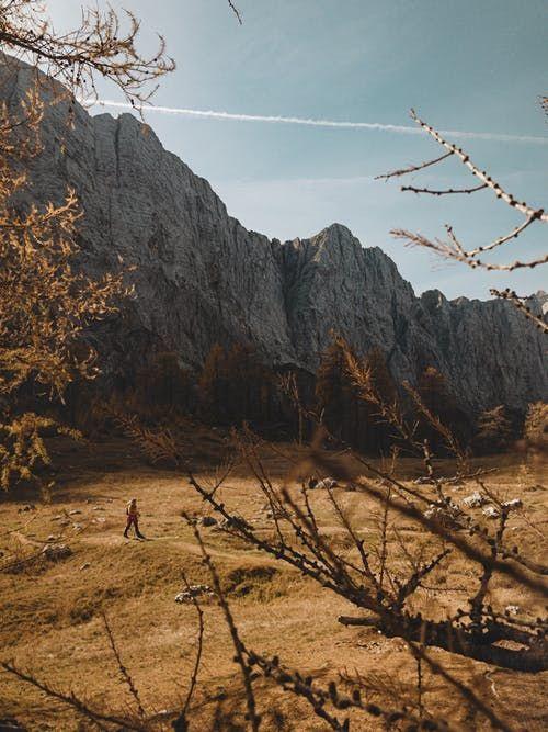 Красивые обои горы для заставки телефона - подборка (1)