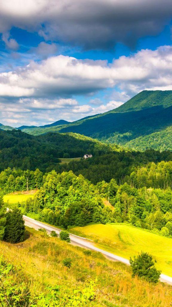 Красивые обои горы для заставки телефона - подборка (13)