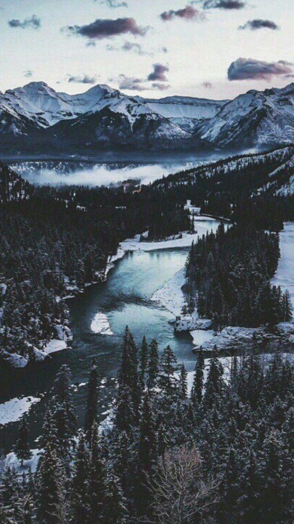 Красивые обои горы для заставки телефона - подборка (14)