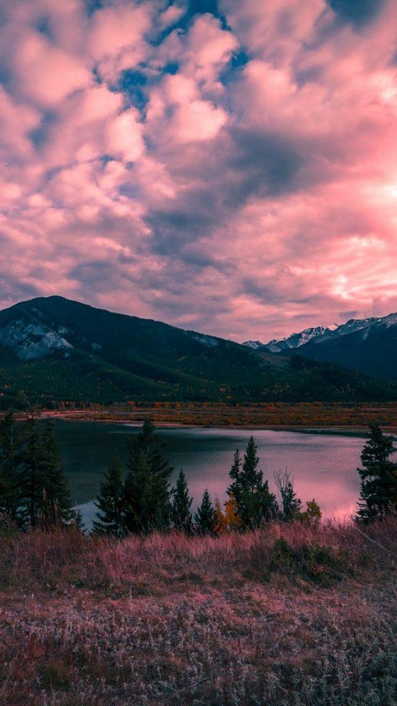 Красивые обои горы для заставки телефона - подборка (18)