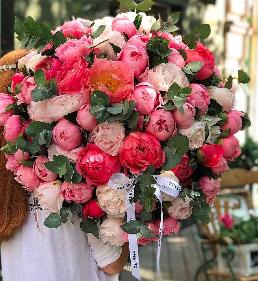Современные букеты из живых цветов (11)