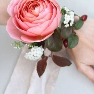 Современные букеты из живых цветов (23)