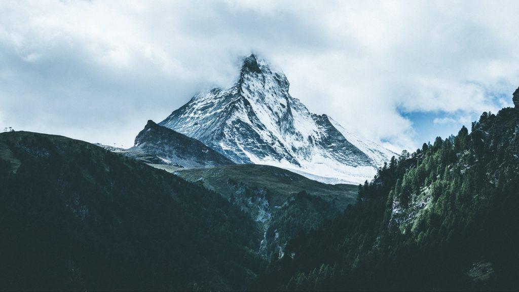 Удивительные фото на рабочий стол горы (7)