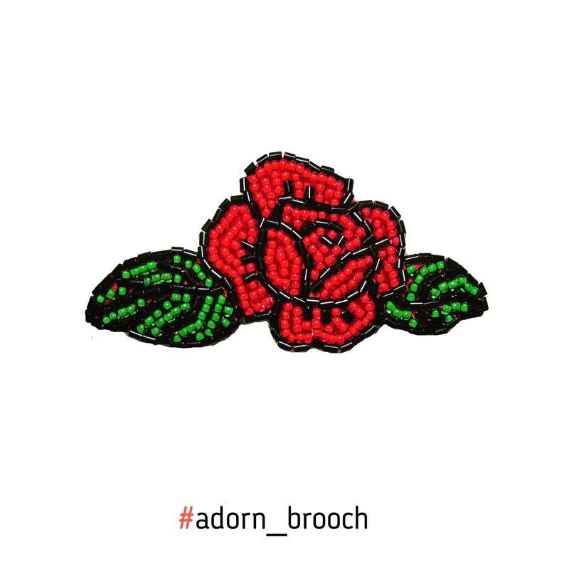 Брошь роза из бисера фото (6)