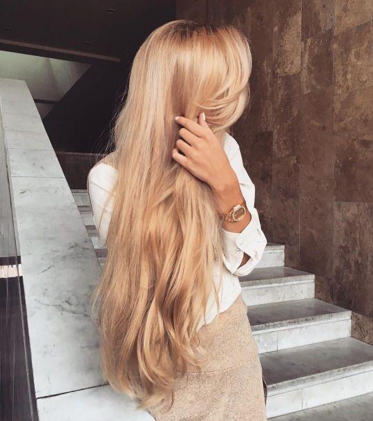 Красивое фото блондинки с боку (21)