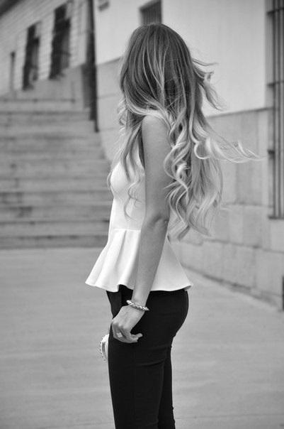 Красивое фото блондинки с боку (5)