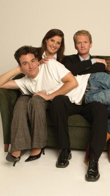 Лучшие картинки семья на диване (12)