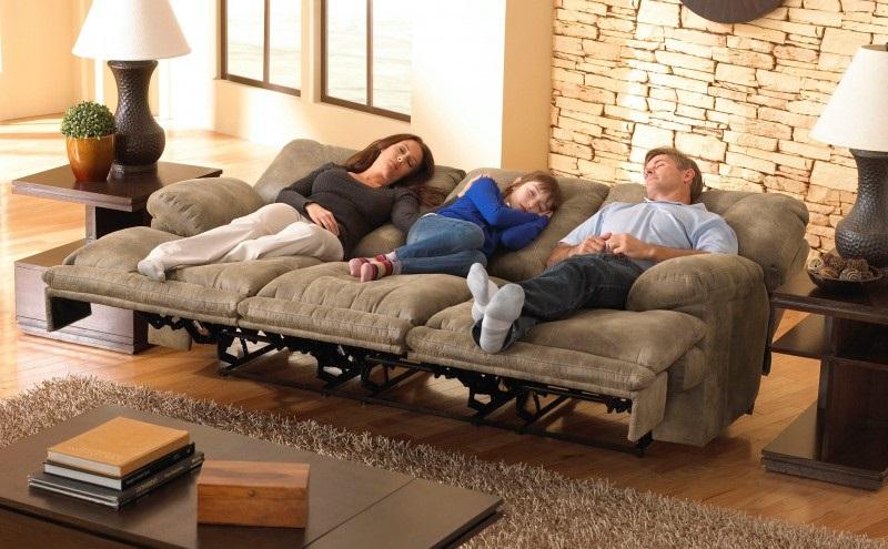 Лучшие картинки семья на диване (13)
