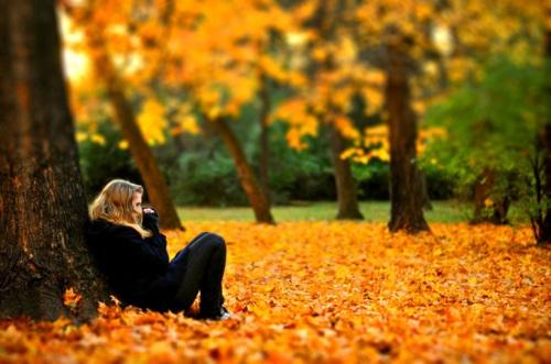 Фото в лесу осенью идеи (17)