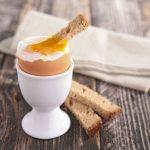 Какое яйцо лучше, вкрутую или всмятку?