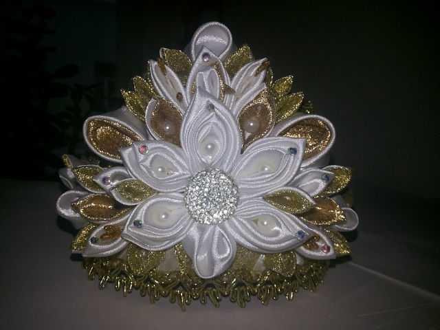 Канзаши новогодняя корона (1)