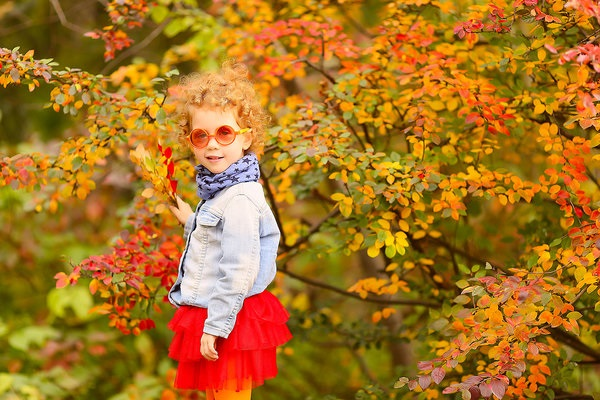 Осенняя фотография ребенка (1)