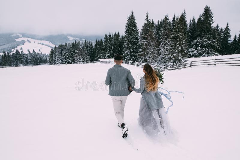 Пары фото зима - подборка (6)