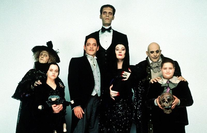 Фотосессия в стиле семейки Аддамс (7)